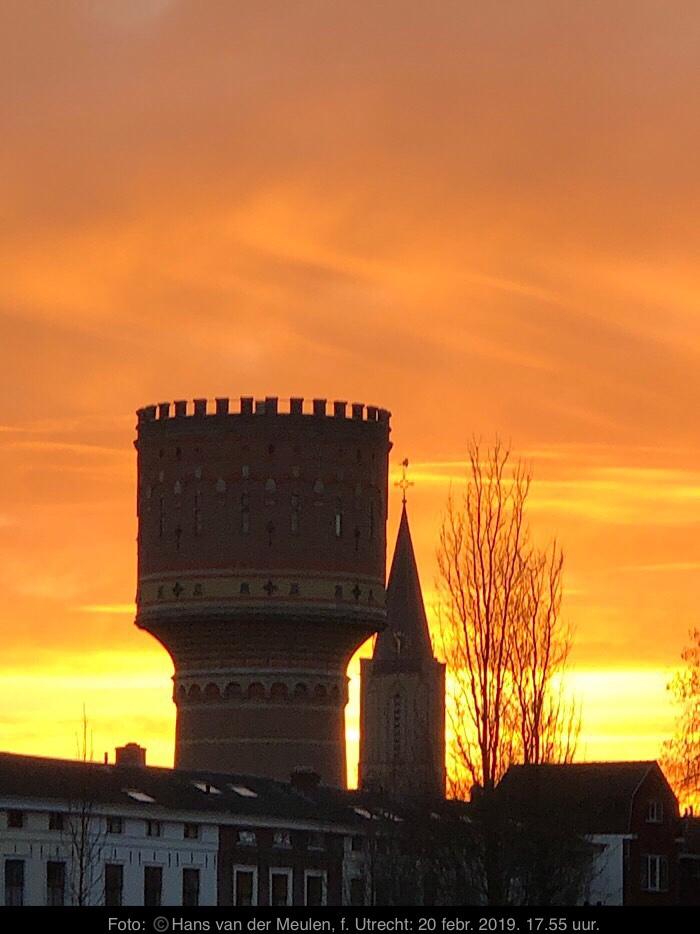 Watertoren Lauwerhof en Jacobikerk