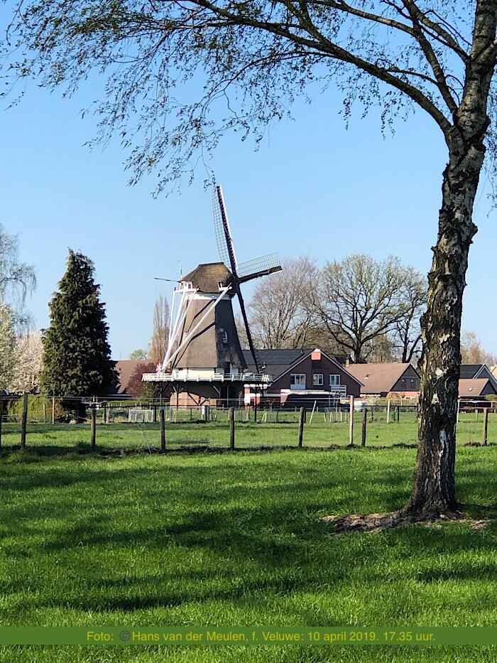 Hulshorst: Korenmolen De Maagd