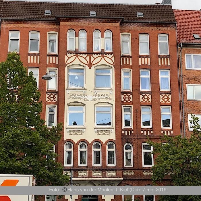 Olshausenstraße