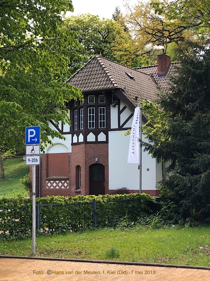 Literaturhaus - Schwanenweg 13