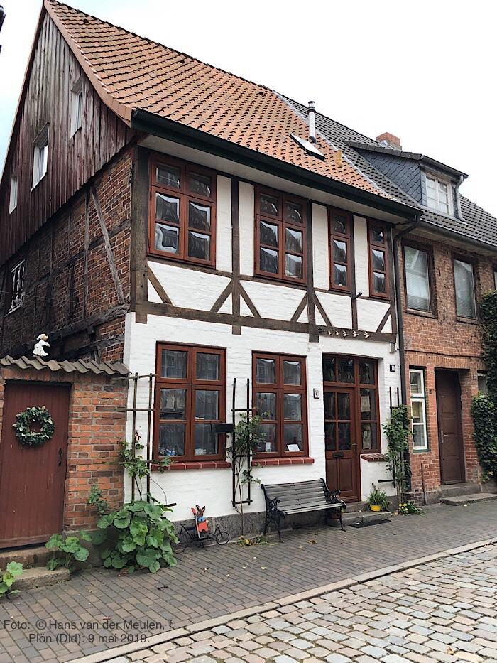 Klosterstraße 18