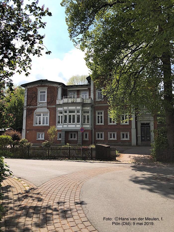 Hans-Adolf-Straße 36