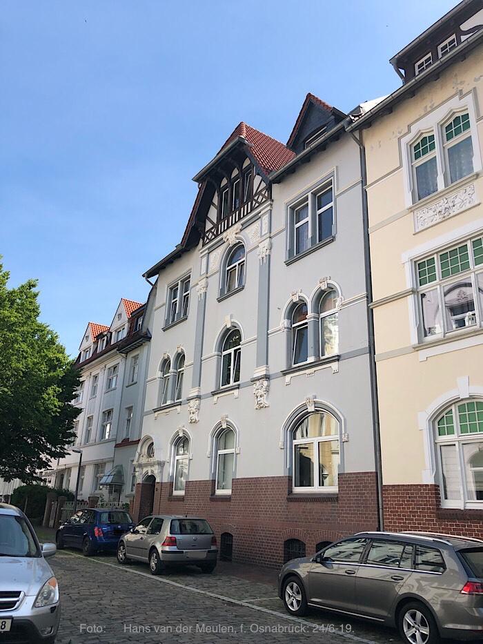 Uhlandstraße 15