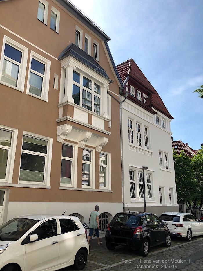 Uhlandstraße 7-9