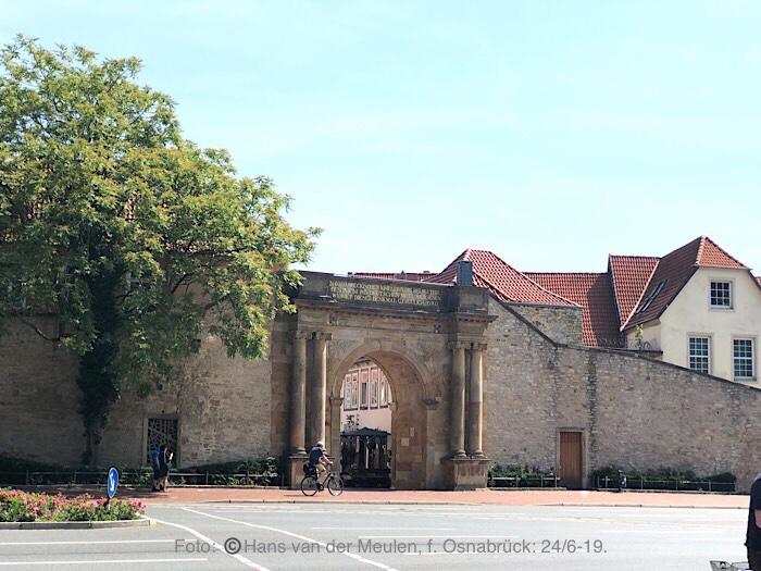 Heger Tor (Buitenzijde)