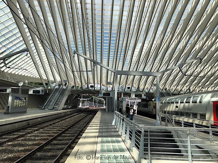 Station Luik - Gare de Liège Guillemins